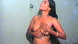 Desi wife bathing naked