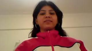 Lahori girl taking her upper off getting naked giving her man a blowjob