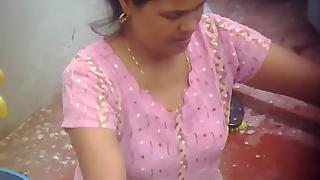 Mature Indian Wife Boob Show