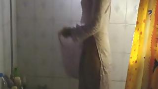 Indian girl meenal sood in shower