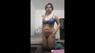 Juicy Punjabi Girl Strip Naked